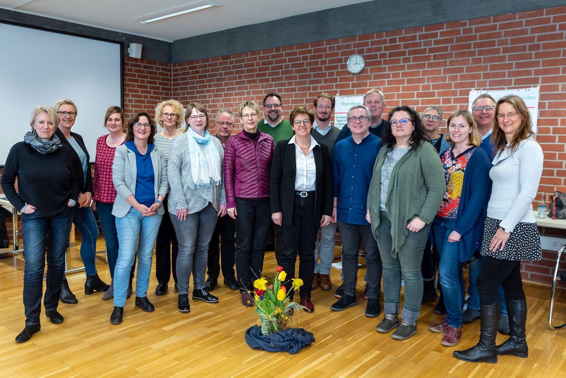 Teilnehmer und Dozenten PASS V